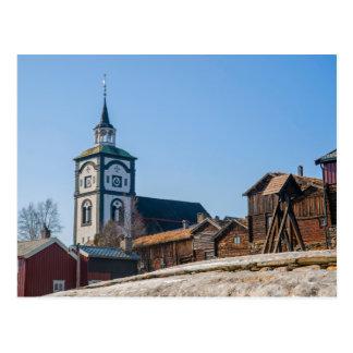 Postal Sitio Roros, Noruega de la UNESCO. Iglesia y casas