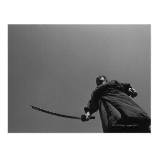 Postal Situación del guerrero del samurai, tenencia un