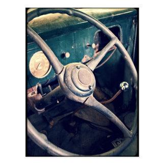 Postal Tablero de instrumentos clásico antiguo del coche