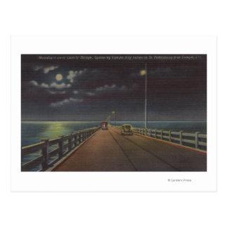 Postal Tampa, la Florida - vista iluminada por la luna