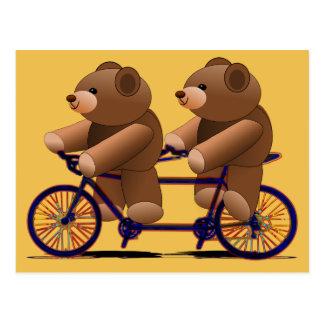 Postal Tándem de la bicicleta, impresión del oso de