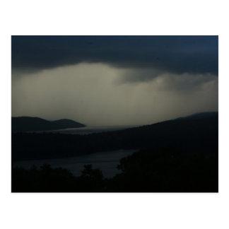 Postal Tempestad de truenos sobre el depósito de Quabbin