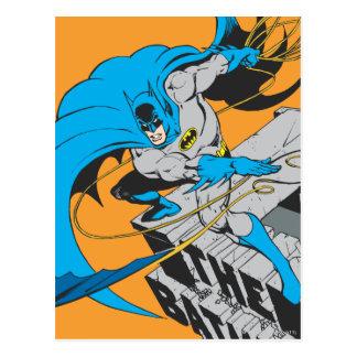 Postal Tiros Batarang de Batman en tejado