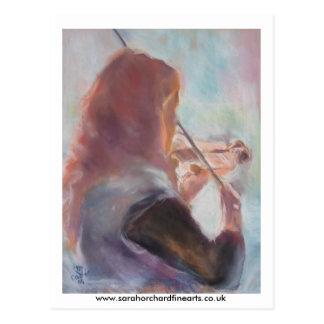 Postal tocando el violín…