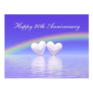 Postal trigésimo Corazones de la perla del aniversario