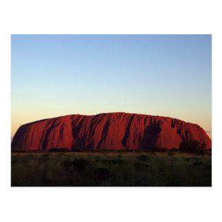 Postal Uluru en la puesta del sol
