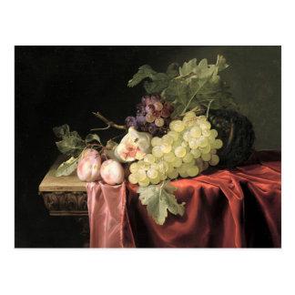 Postal Una vida inmóvil con las uvas, ciruelos