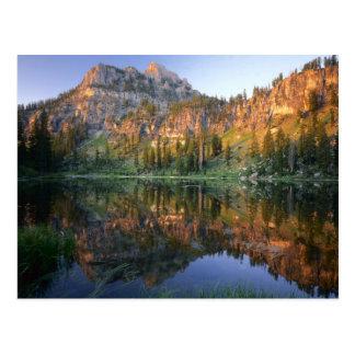 Postal UTAH. LOS E.E.U.U. Mt. Magog reflejado en White