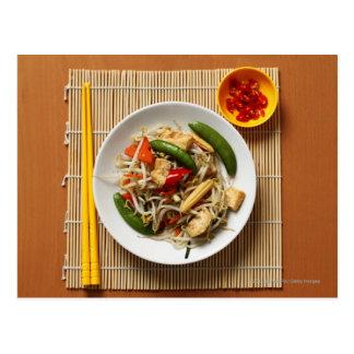 Postal Verduras fritas stir del chino con los chiles