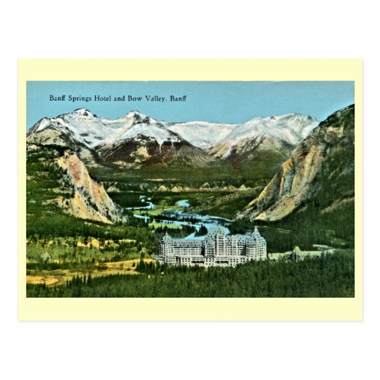 Postal Vintage Banff Springs Hotel y valle del arco