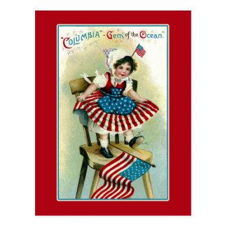 Postal Vintage Columbia joven con las banderas