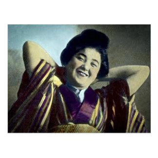 Postal Vintage japonés de risa del chica