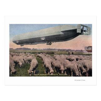 Postal Vista de un dirigible no rígido del zepelín sobre