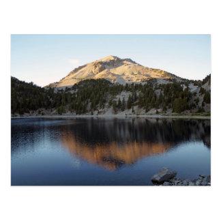Postal Volcán y lago Helen de Lassen