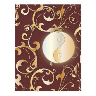 Postal Yin de oro y Yang con las volutas