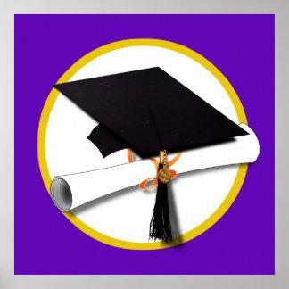 Póster Casquillo w/Diploma - fondo púrpura de la