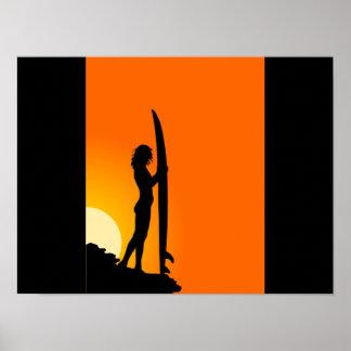 Póster Chica de la persona que practica surf