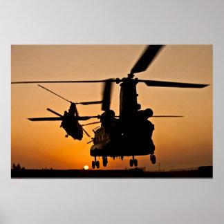POSTER DEL HELICÓPTERO DE CH-47 CHINOOK PÓSTER