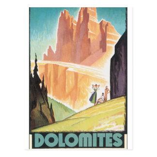 Poster del viaje del vintage de las dolomías postal