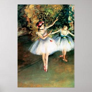 Póster Dos bailarines en una etapa cerca desgasifican