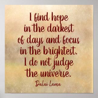 Póster El más oscuro de días -- Cita de Dalai Lama -