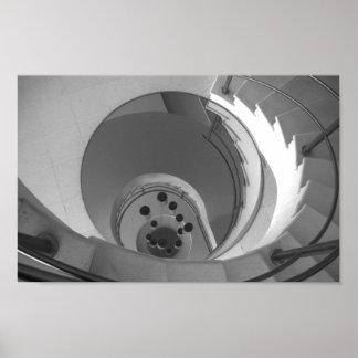 Póster Escalera espiral de la foto blanco y negro