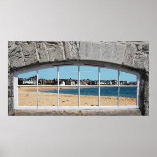 Póster Falsa ventana arqueada con la vista de la playa de