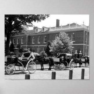 Póster Foto blanco y negro del caballo y del carro