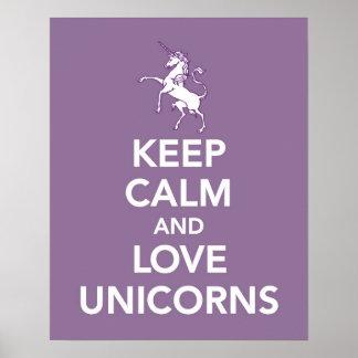 Póster Guarde la calma y los unicornios del amor imprimen