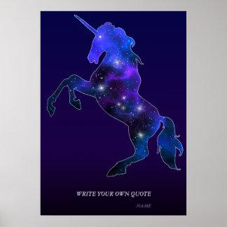 Póster Imagen brillante del unicornio hermoso rosado de