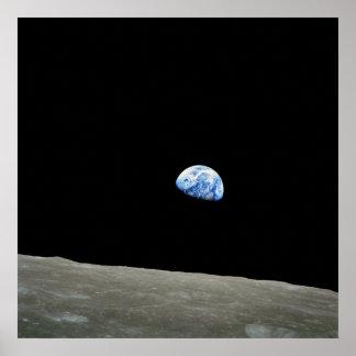 Poster/impresión: Earthrise - imagen del espacio d Póster