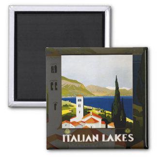 Poster italiano del viaje del vintage de los lagos imán cuadrado