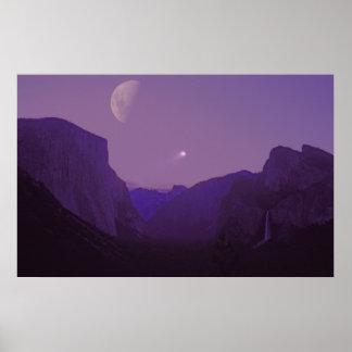 Póster Luna celestial de la oscuridad del valle de