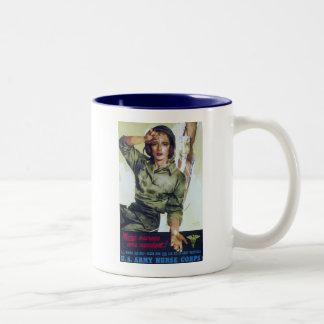 Poster necesario del reclutamiento de las taza de café de dos colores