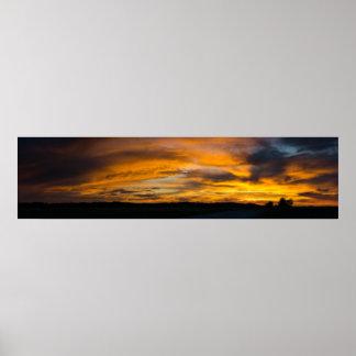 Póster Panorama rural de la puesta del sol
