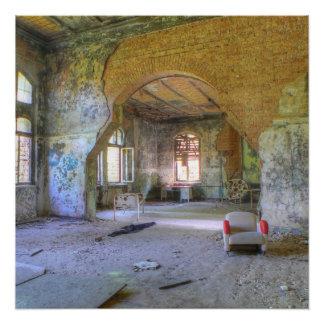 Póster Pasillos y cuartos, la silla, lugares perdidos