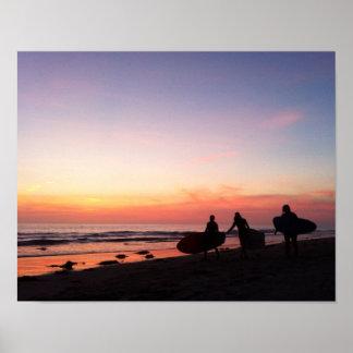 Póster Personas que practica surf de San Diego