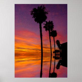 Póster Poster de la puesta del sol con las palmeras 20X28