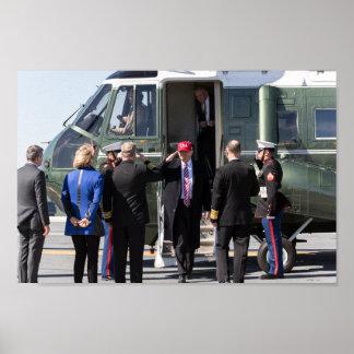 Póster Presidente Donald Trump sale al infante de marina