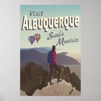 Poster retro del viaje de las montañas de póster