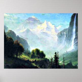 Póster Staubbach baja cerca de Lauterbrunnen Suiza