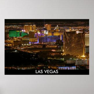 Póster Tira aérea de Las Vegas en la noche - mucha altitu