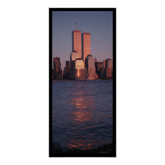 Póster World Trade Center en la puesta del sol