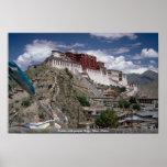 Potala con las banderas del rezo, Tíbet, China Posters