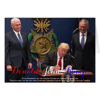 POTUS Donald Trump que firma la orden de Tarjeta De Felicitación