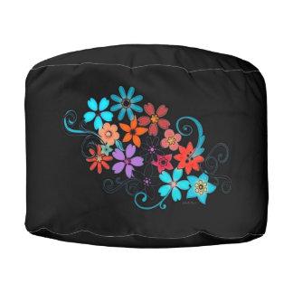 Pouf Negro redondo del taburete con diseño floral