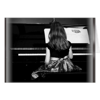 Práctica del piano. Fotografía blanco y negro Tarjeta