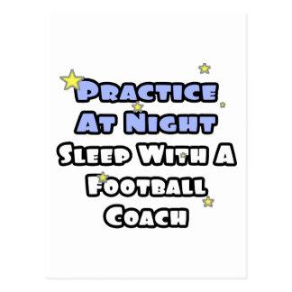 Práctica en el sueño de la noche… con un entrenado tarjeta postal
