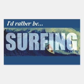 Practicando surf estaría practicando surf bastante pegatina rectangular