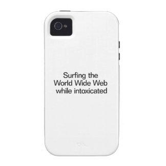 Practicar surf el World Wide Web mientras que está iPhone 4/4S Funda